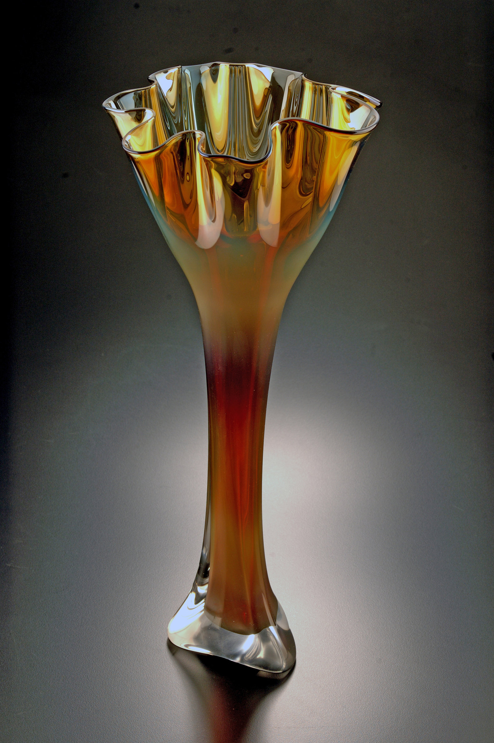 Gold Luster Flower By Jonathan Winfisky Art Glass Vase
