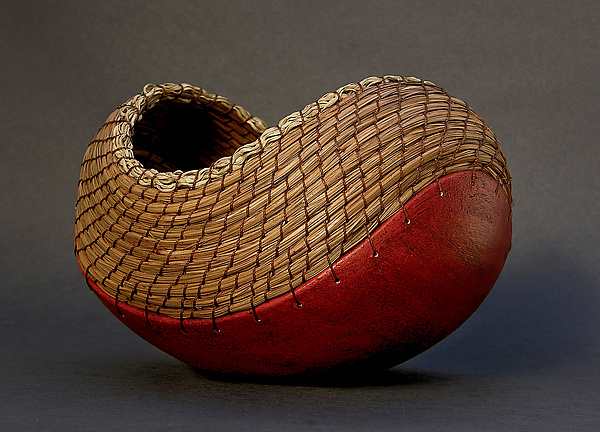 Boat in Terracotta - Ceramic Vessel - by Hannie Goldgewicht