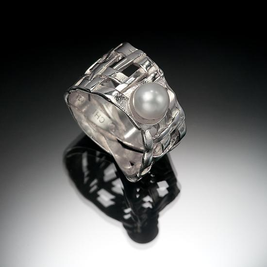Woven Basket Ring with Pearl - Silver & Pearl Ring - by Chi Cheng Lee