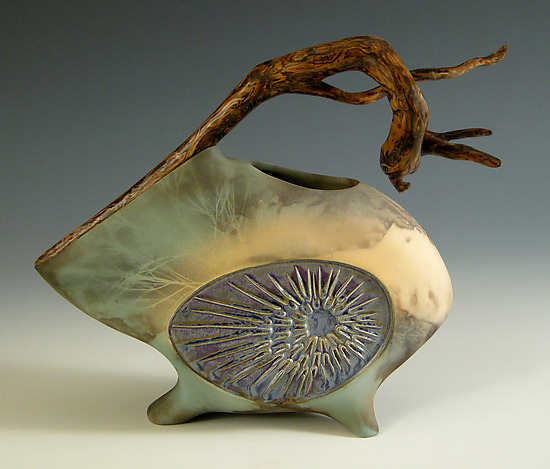 Za Zing - Ceramic Sculpture - by Jan Jacque