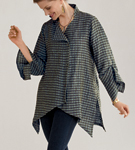 Linen Shirt by Lynn Mizono