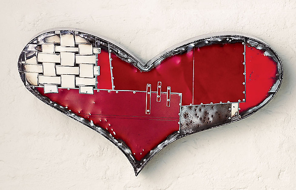 Chubby Heart - Metal Wall Art - by Anthony Hansen