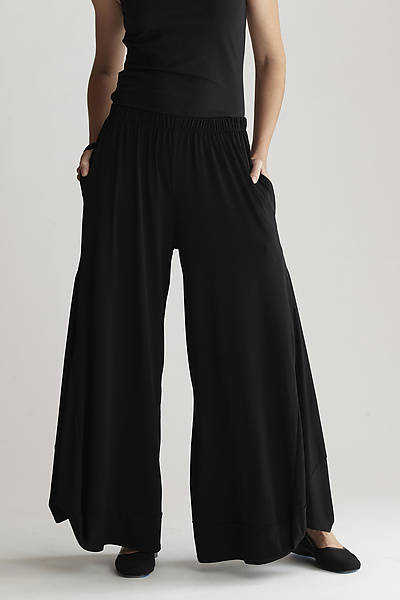 Matte Jersey Balloon Pant - Knit Pant - by Planet Clothing