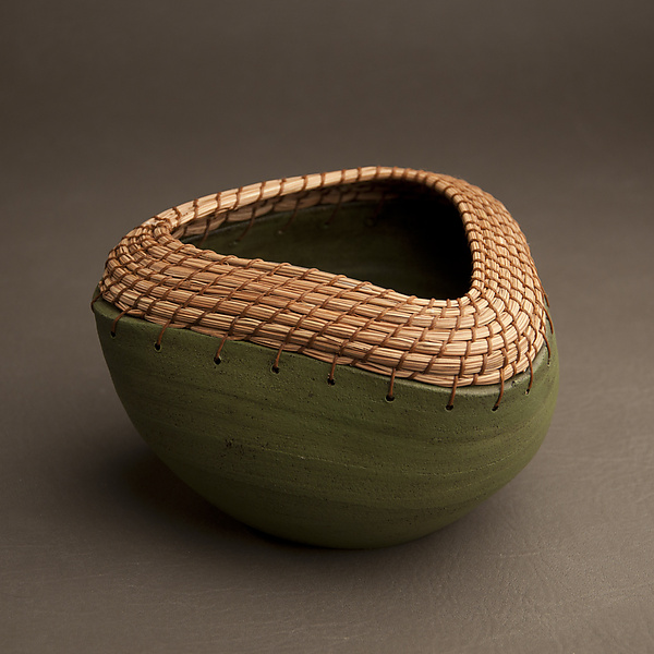 Triangle Bowl in Green - Ceramic Bowl - by Hannie Goldgewicht