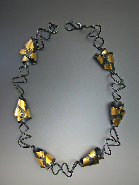 Calla Lily - Gold & Silver Necklace - by Judith Neugebauer